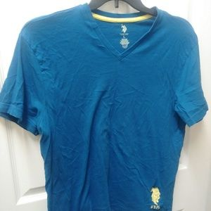 Like new mens polo t shirt